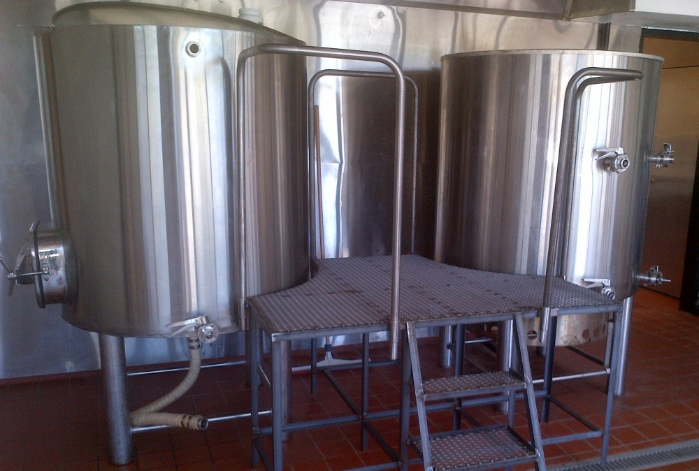 Stainless steel brewery system