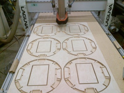 CNC ROUTER CUTTING