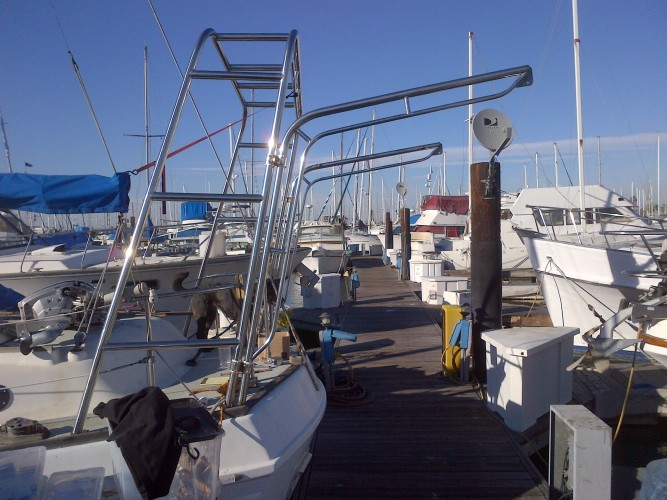 stainless steel radar arch with dinghy davits